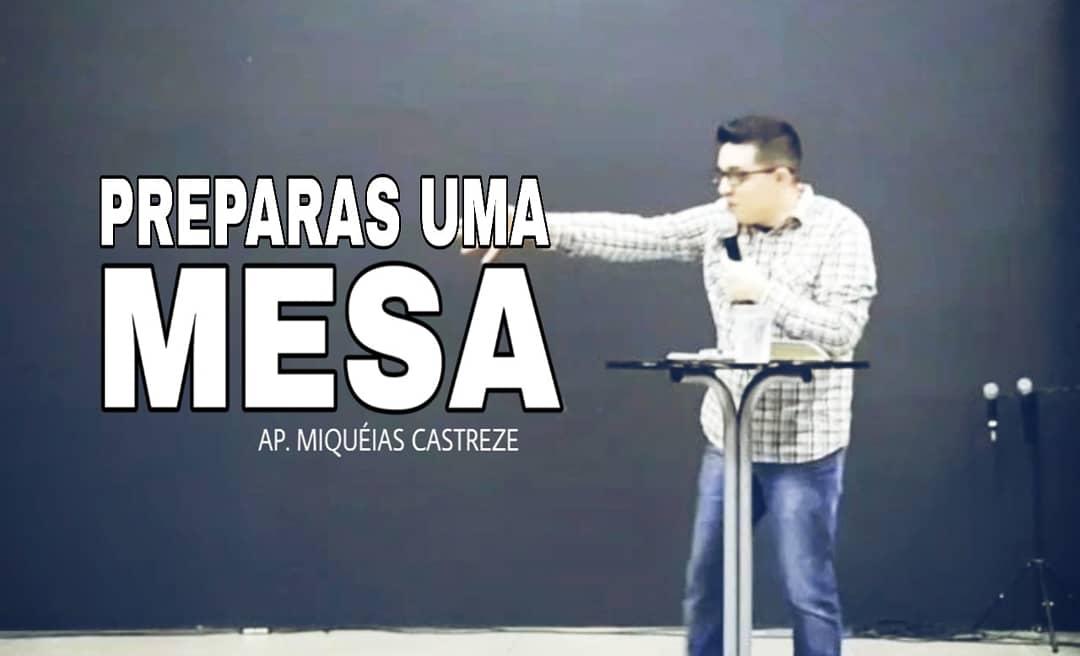 PREPARAS UMA MESA